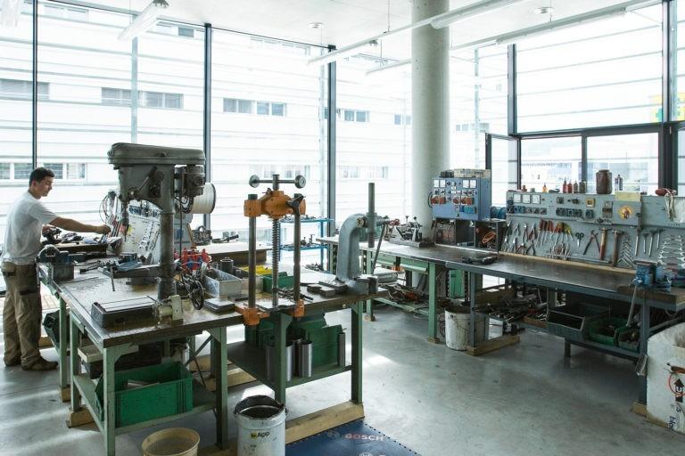 Blaas-Baumarkt-Maschinen-Werkstatt-Bozen-Suedtirol-5